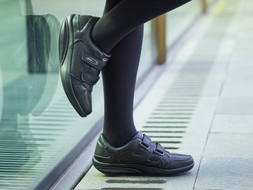 Pure Черевики на липучках жіночі Walkmaxx