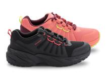 Кросівки спортивні на плоскій підошві