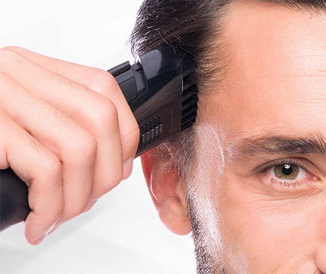 Wellneo Vacuum Hair Trimmer